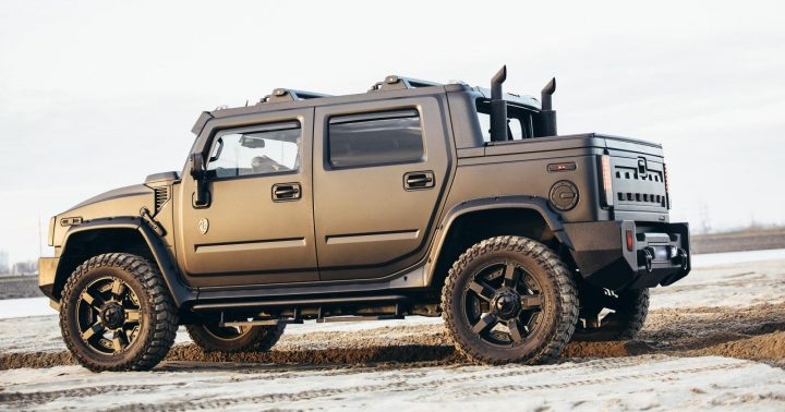 hummer that looks like a jeep