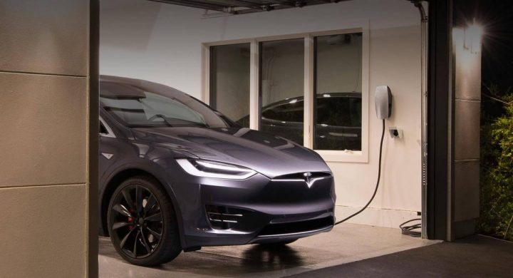 How Long Does It Take To Charge A Tesla? - Mad Digi