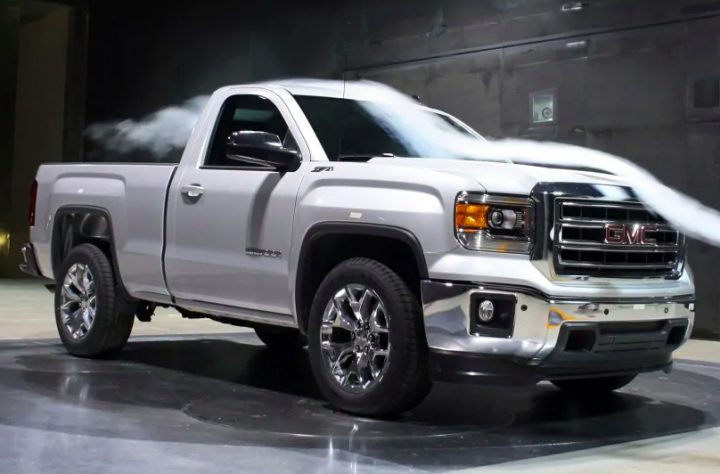 Does A truck lift kit affect mileage